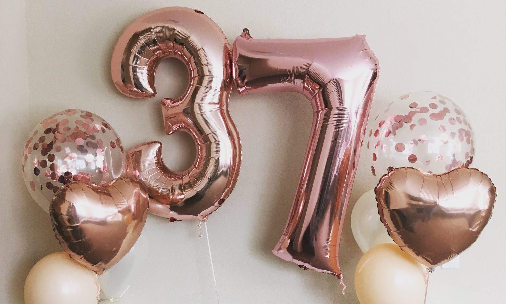 Rose Gold Balloon Bouquet 1 Balloons By Court