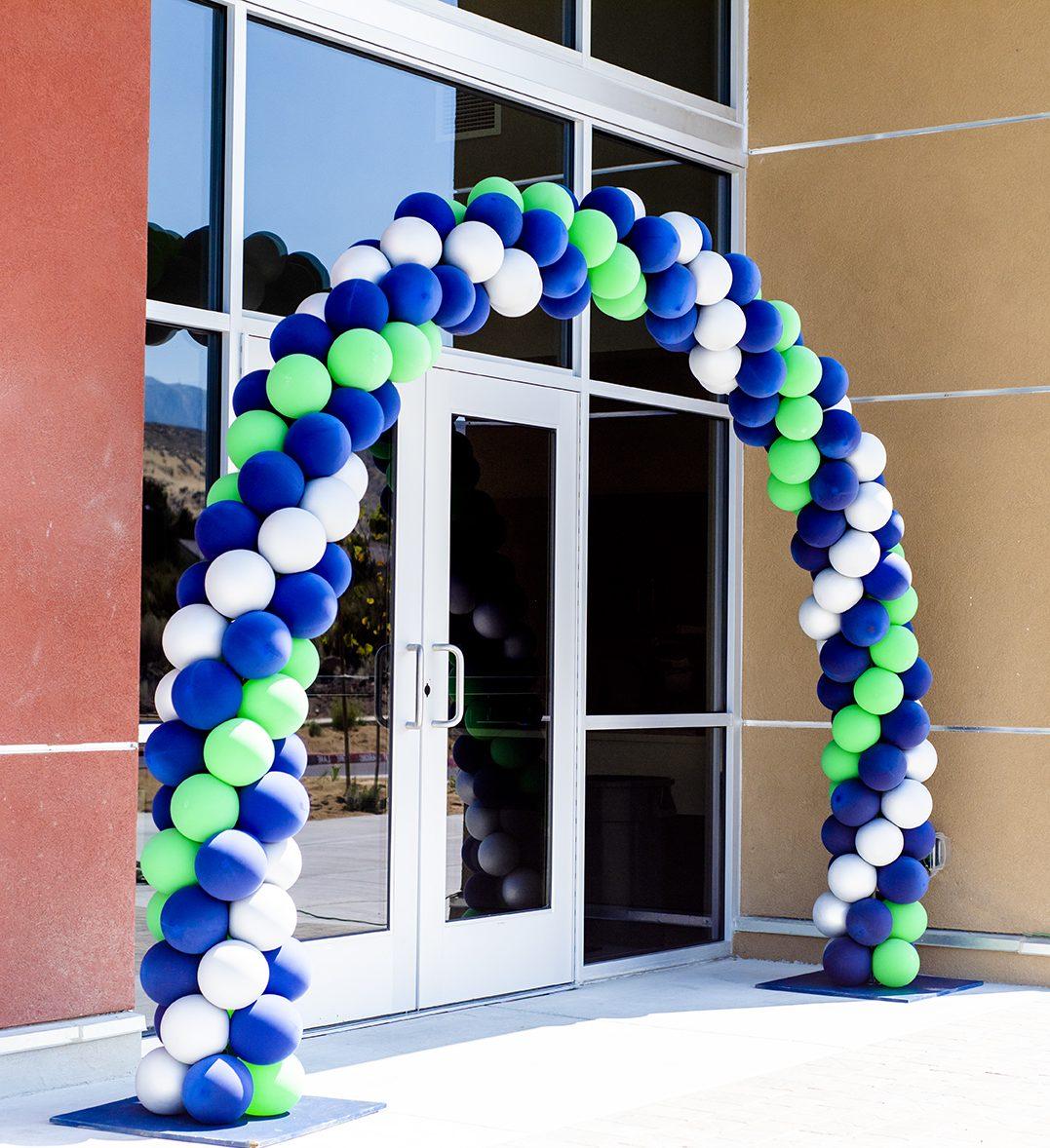 doral academy balloon arch