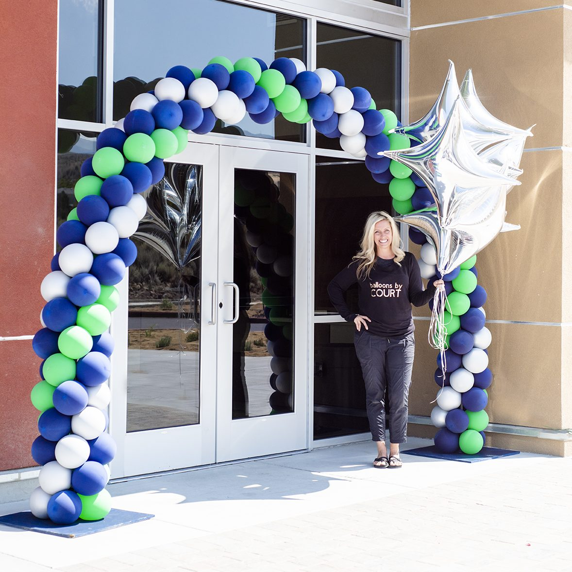 balloon arch with courtney